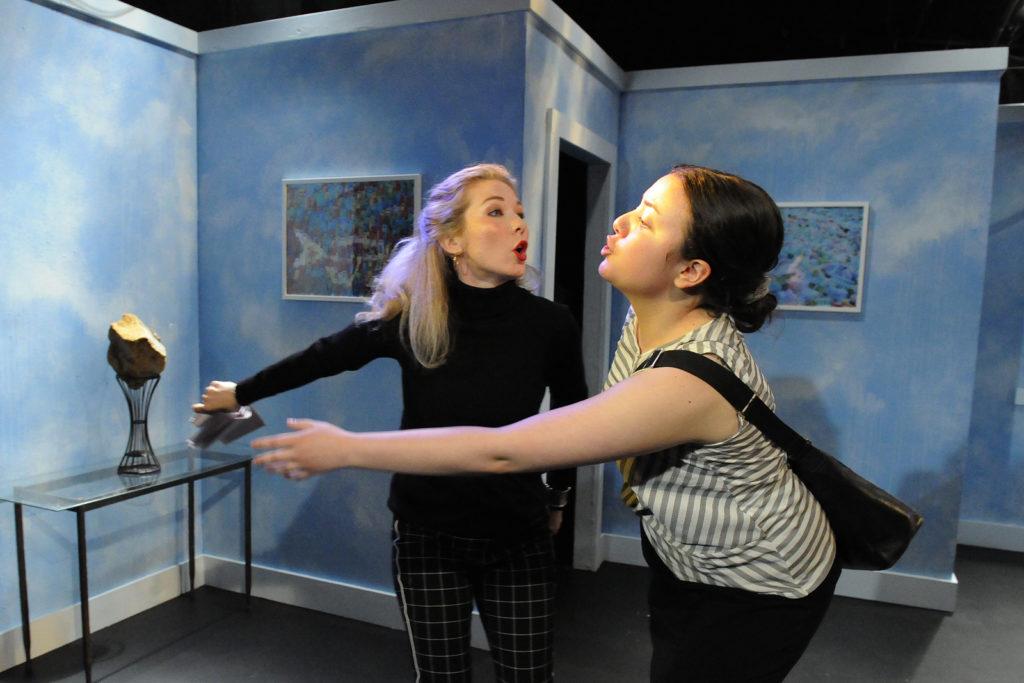 Chelsea Janzen, McKenzie Potter-Moan. Burst (Theatre 33 2019). By Dale Peterson www.dalempeterson.com